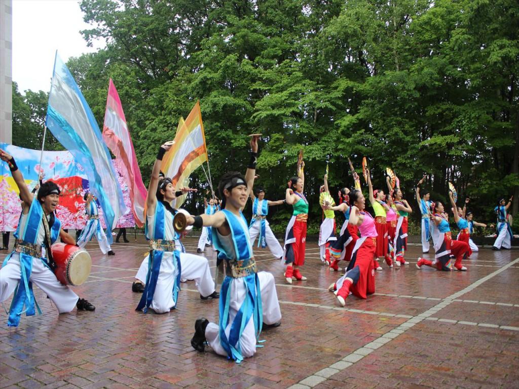 コカ・コーラ札幌国際大学のYOSAKOI演舞