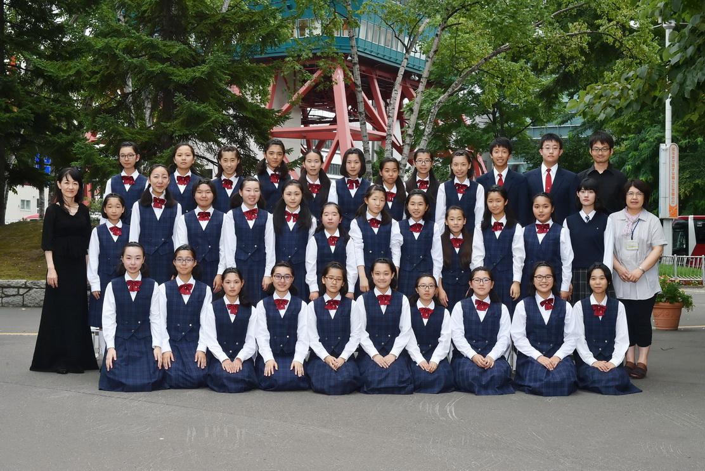 Nコン北海道コンクールで金賞を受賞した真栄中学校合唱部